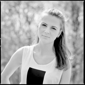 Emily16.1 (2)