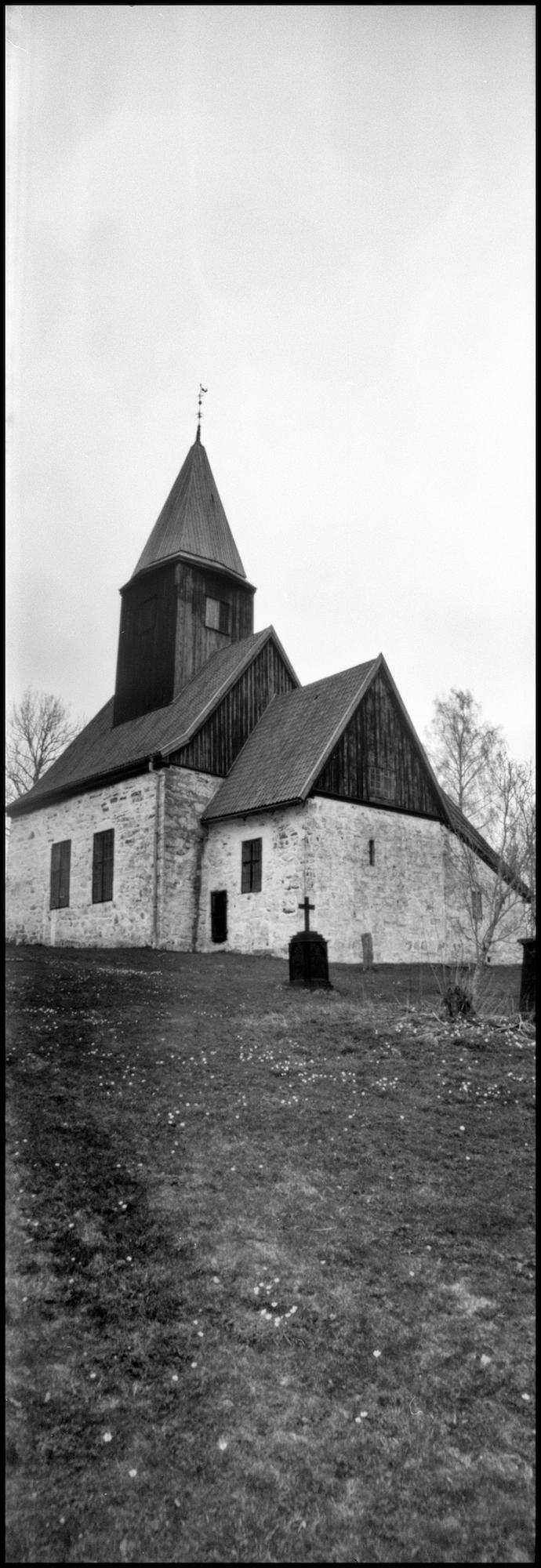 Fiskum Church Pinhole.